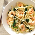 Easy Pasta with Shrimp and Spinach