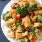 Healthy Chinese Chicken and Broccoli Stir Fry