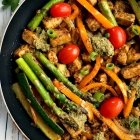 One-Pan Quorn Chicken Style Recipe with Vegetables