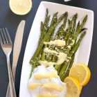 Roasted Asparagus with Hollandaise Sauce and Poached Egg
