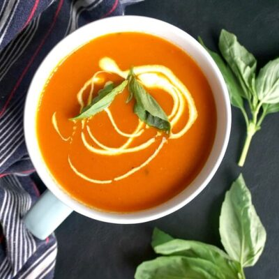 Healthy Roasted Tomato and Red Pepper Soup