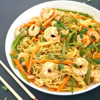 Spicy Shrimp Stir-Fry with Noodles