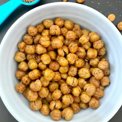 Spicy & Crunchy Roasted Chickpeas