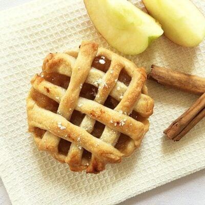 Easy Mini Apple Pies | Vegan