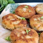 Tuna and Potato Patties, or tuna fish cakes, the ideal last minute appetizer that can feed a hungry crowd. Ridiculously easy to make, these patties are a great way of using up leftover mashed potatoes, and also sneak in some good old tinned tuna.