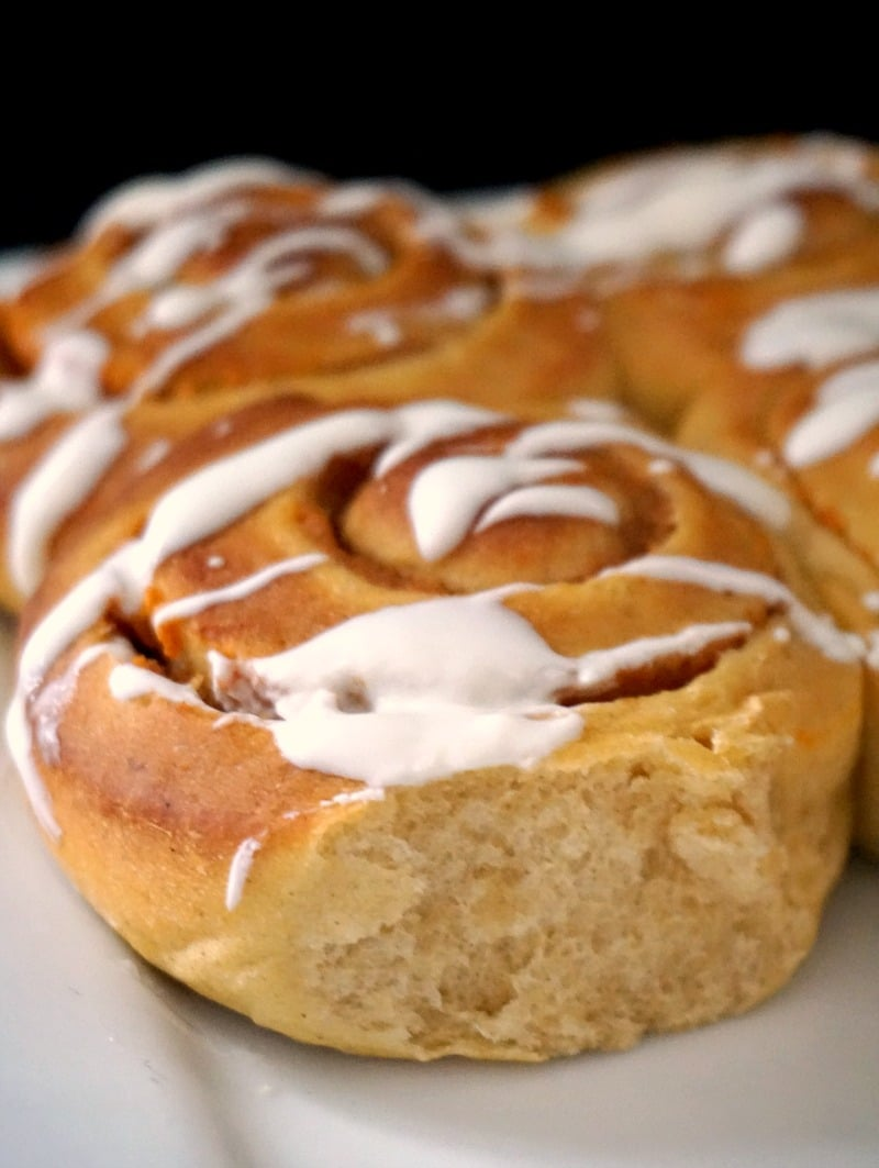 Close-up shoot of a pumpkin pie cinnamon roll