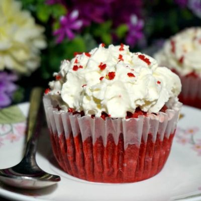 Moist Red Velvet Cupcakes with Vanilla Buttercream