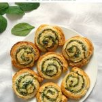 These Spinach Pinwheels with ricotta cheese, a delicious afterschool snack that is ready in about 30 minutes. Super simple to make, and delicious, these pinwheels are a favourite with my family. Toddler-approved bites that only need 3 ingredients.