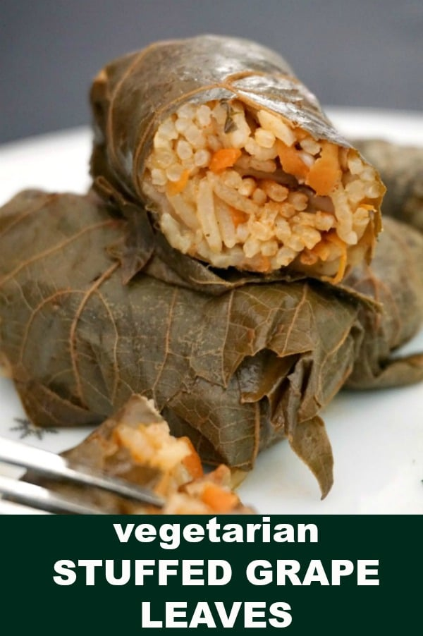 Vegetarian stuffed grape leaves with mushrooms and rice, or Dolmades, a delicious meal for the whole family. Learn how to roll the grape leaves like a pro and cook a superb dinner so easily with this simple recipe. Low in calories, light and healthy.