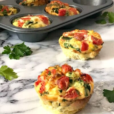 Healthy Egg Muffin Cups with Kale and Tomatoes