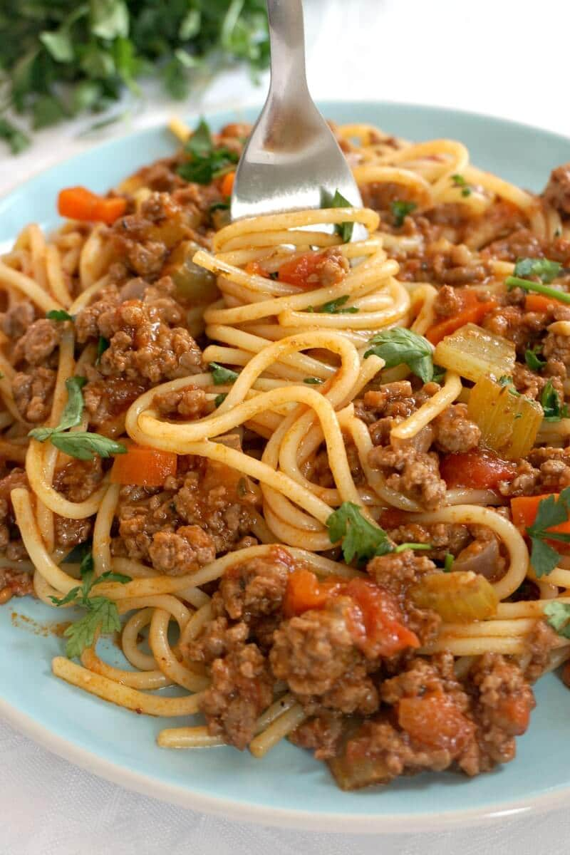 Close-up shoot of a plate with spaghetti bolognese