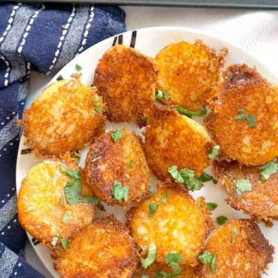 Crispy Roasted Garlic Parmesan Potatoes