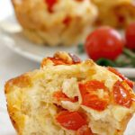 Savoury Muffins with tomatoes, red peppers and mozzarella, delicious and healthy finger-food idea for baby-led weaning. Super easy to make, ready in 25 minutes.They are a fantastic option for your child's school packed lunch, picnics, a healthy afterschool snack, or even a healthy breakfast on the go. These veggie muffins taste like mini vegggie pizzas. They are quick and easy to make, and go well with the whole family too. #savourymuffins, #veggiemuffins, #babyledweaning, ##healthyrecipes