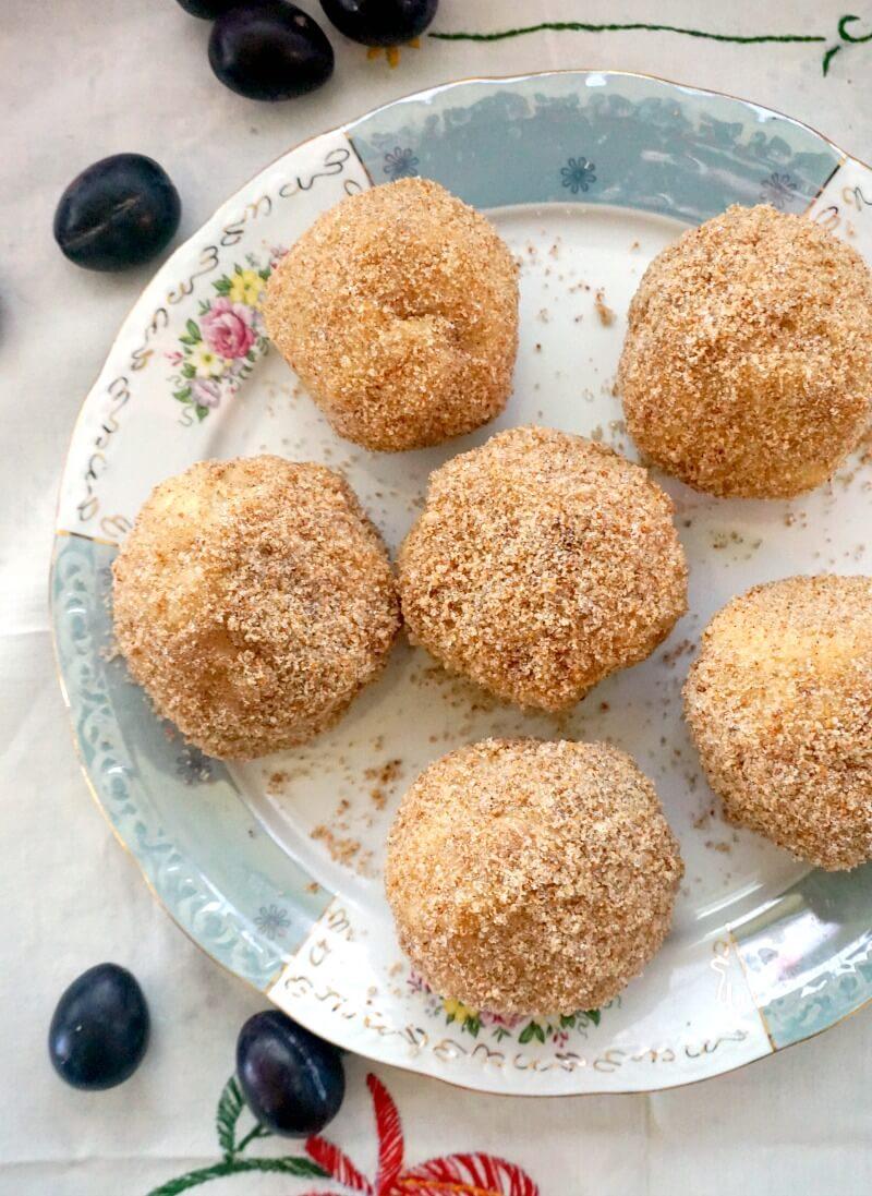 Overhead shoot of a plate with 6 plum dumplings